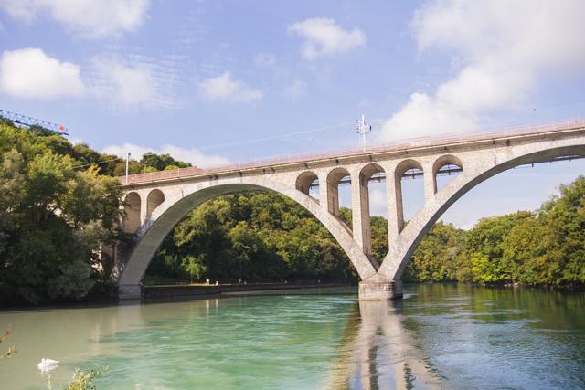 La Jonction bridge - Things to see in Geneva Switzerland