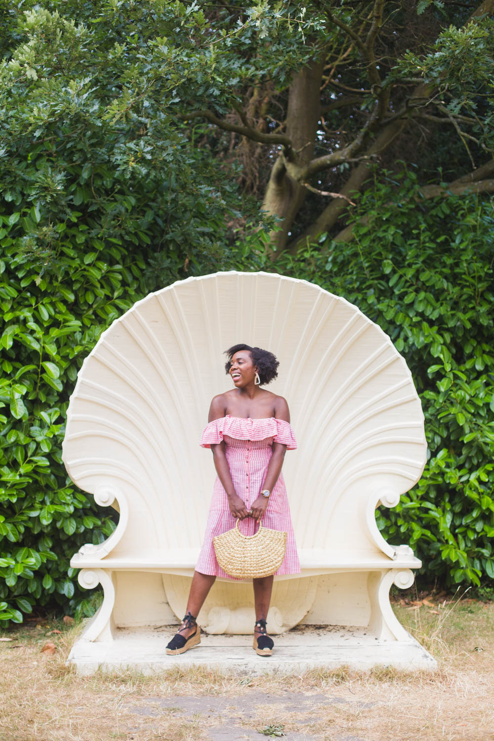 Styling a Next off-the-shoulder dress - Are you a fan of Refinery 29's Money Diaries? Fashion blogger Kristabel Plummer shares her attempt and insights into how much money she spends during 7 days in London. There's failed Topshop purchases and a laptop damaged by chocolate.